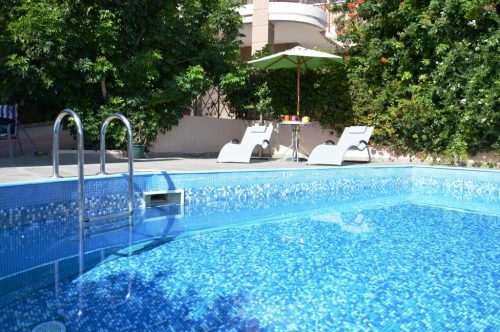 Pool of Luxury Villa Amphitriti in Chania, West Crete